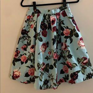 Size 4 CeCe Midi Skirt Aqua with Rose Print